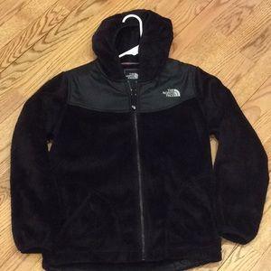 Girls North Face fuzzy fleece hooded zip jacket
